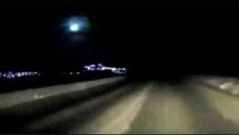video: la impactante explosion de un meteorito en el cielo nocturno de kamchatka