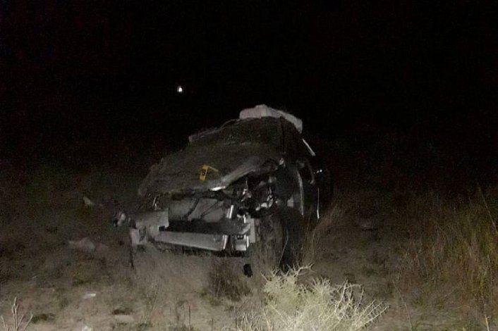 Vuelco fatal en Ruta 151: murió una mujer y hay tres heridos