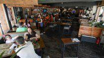 gastronomicos: cerrar a las 23 seria suspender la actividad