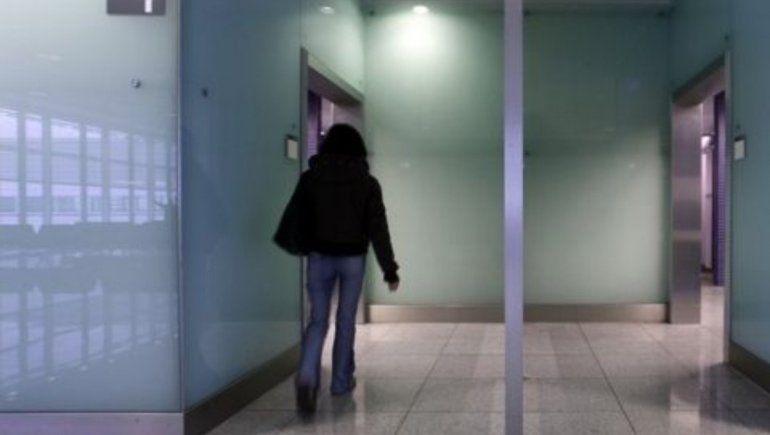 Mujer raptada fue salvada tras dejar notas en baños