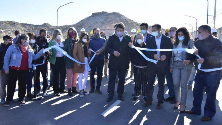 Gaido inauguró la Avenida Huilén, una vía de comunicación entre el oeste y el norte