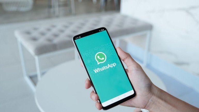 Así podés eliminar objetos extraños en las fotos de tu WhatsApp.
