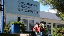docentes de la unco estan de paro por reclamo salarial