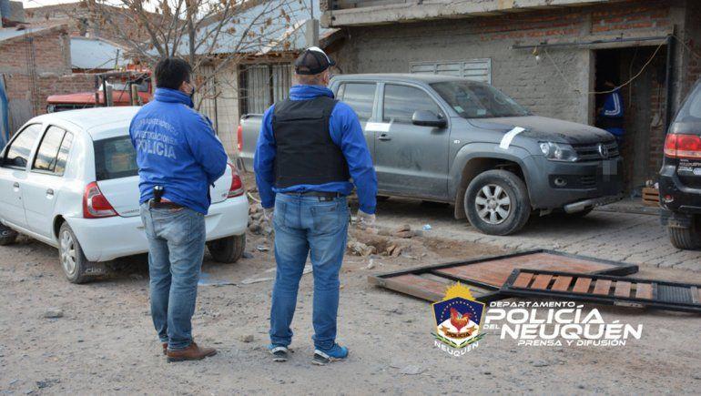 Cuatro hombres bajo investigación por robo en el Alto