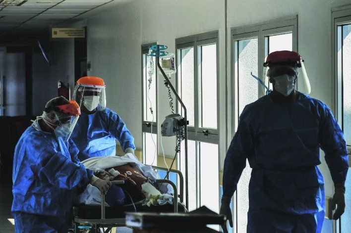COVID en Argentina: 474 nuevas muertes y 13.483 contagios
