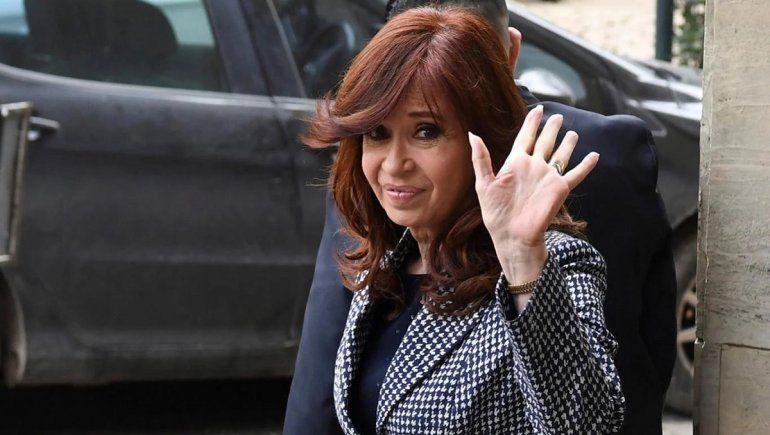 Cristina renunció a su sueldo de vicepresidenta