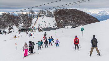 Se podrá esquiar en Cerro Bayo hasta el 26 de septiembre