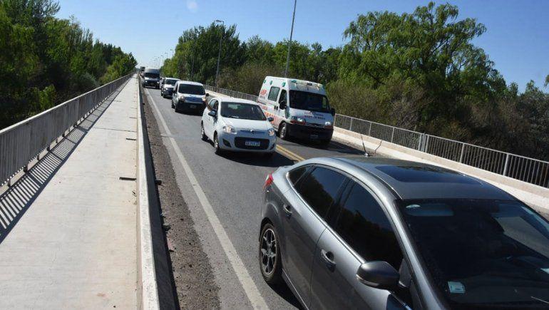 Triple choque en el tercer puente complicó el tránsito