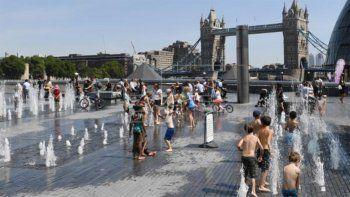 el reino unido tiene por primera vez un alerta por ola de calor extremo