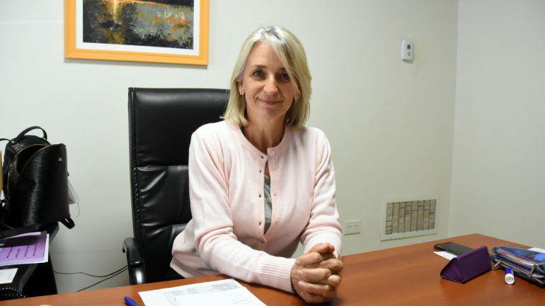 Ana Capriolo, socia gerente del supermercado, dirige la administración.