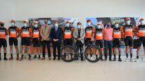 presentaron el equipo ciclistico team cutral co