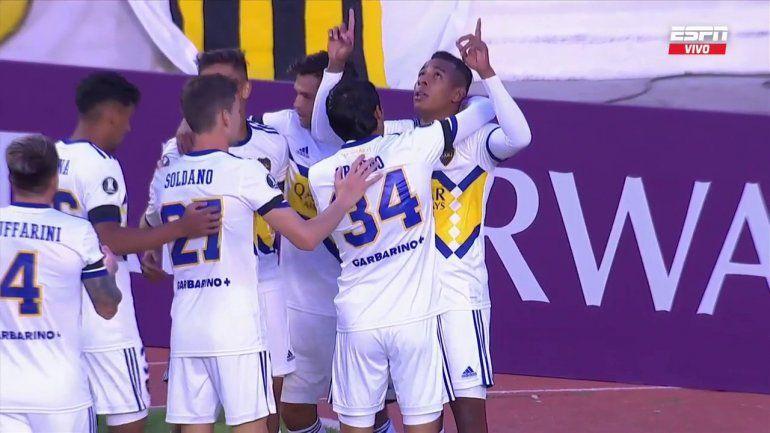 Boca ganó en La Paz, con gol de Villa