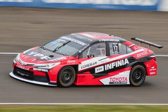 Matías Rossi encabeza la clasificación de Súper TC2000
