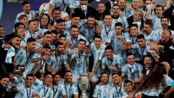 el spot de la seleccion para festejar la copa america: messiento campeon