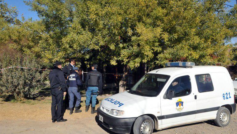 Por un crimen en Confluencia cayó un taxi boy en Brasil